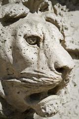 leone scolpito