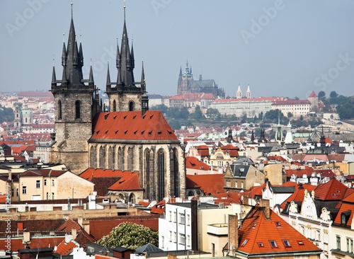 Prag, Stadtansicht und Skyline vom Pulverturm