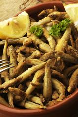 煎鱼 Gebratener fisch 튀긴 생선 Pesce fritto