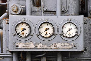 Manometer einer Maschine