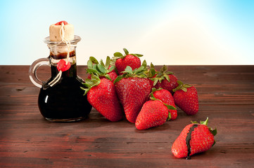 balsamico di modena con fragole