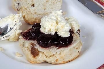 Fruit scone with strawberry jam & cream © Arena Photo UK