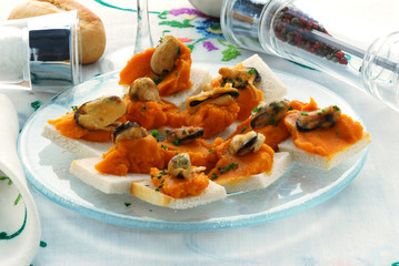 Crema di carote e cozze Cream of carrot and mussel 胡萝卜和贻贝