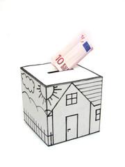 Cofre para compra de casa com dez euros depositados