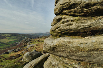 Millstone grit strata on Froggatt Edge