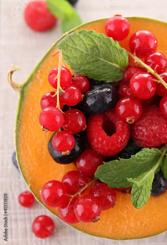 melon and berry fruit