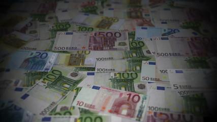 Euro bills travelling 01