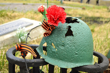 Rusty soviet army Helmet with flower
