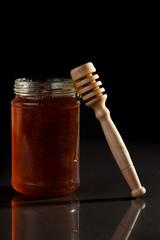 Honey jar and honey dipper