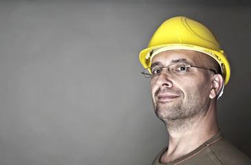 Freundlich kompetenter Arbeiter