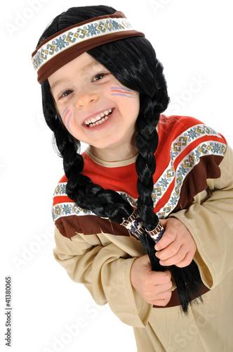Kleines Mädchen im Indianer-Kostüm - 41380065