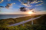 Fototapety Viaduc de la route des Tamarins au crépuscule