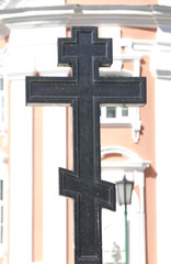 cross on the tomb