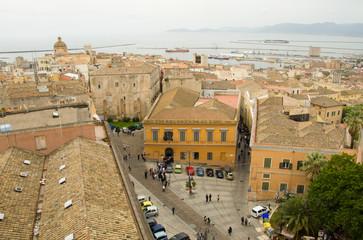 Cagliari, piazza Indipendenza