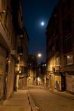 Fototapety Dark street in night, Istanbul, Turkey