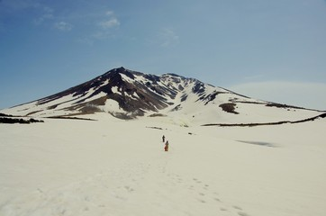 MOUNTAIN snowfield 雪山歩き