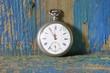 Alte Taschenuhr - Fünf vor zwölf