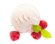 Joghurt - Himbeereis mit Himbeeren von oben