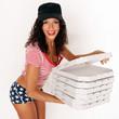 hübsche Frau vom Pizzaservice