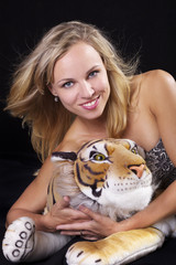 Blond woman with Tiger I