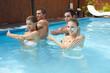 Wassergymnastik im Pool