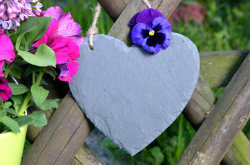 Gartenzaun Herz Blumen