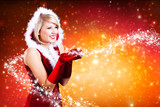 Weihnachtsfrau mit magischem Sternchenlicht
