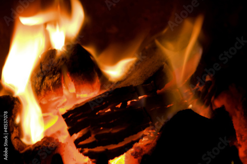 peat briquettes burning - 41537078