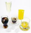 Getränke in Gläsern