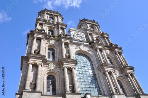 Papiers peints Cimetiere cathédrale Saint-Pierre de Rennes