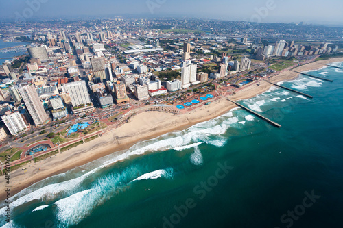 Canvas Zuid Afrika aerial view of durban, south africa