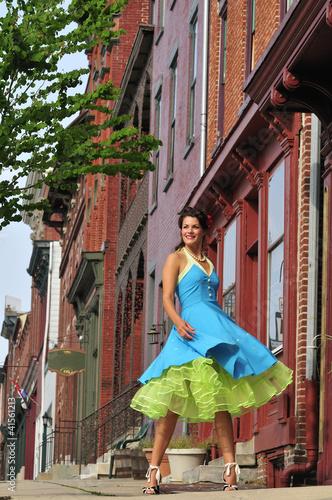 retro woman dancing