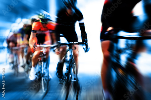 cycle race blur