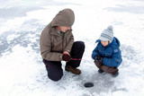 winter fishing family leisure