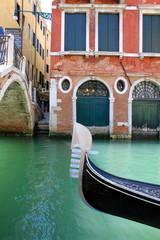 Canal et gondole à Venise - Italie