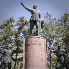 statua di kossuth a budapest