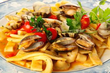 pasta napoletana con vongole veraci