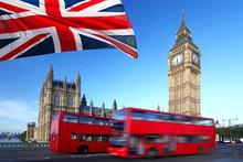 Big Ben z autobusu miejskiego i fladze Anglii, Londyn