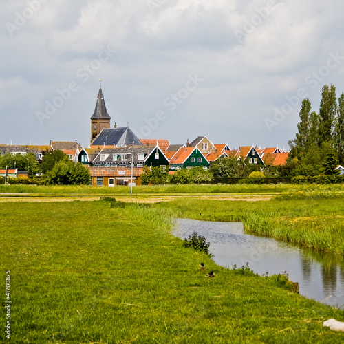 Dorf in Holland, Marken