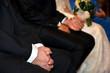 Novios y padrinos durante la celebración de una boda