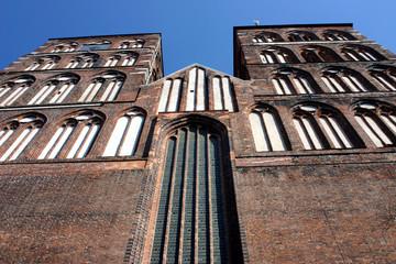 Süd- und Nordturm der Nikolaikirche von Stralsund..