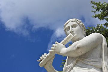 Statue in Schönbrunn Wien