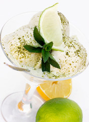 Ice cream with green tea and citrus