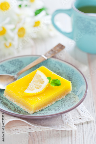 Lemon grenadilla tart