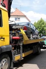 Abschleppfahrzeug