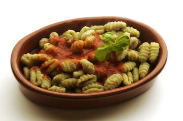 Gnocchi agli spinaci Gnocchi with spinach 汤团菠菜