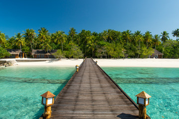 Brücke zum Strand