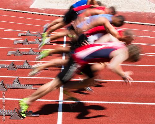 Sprintstart w Bewegungsunschärfe
