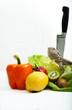 Bartagame mit Obst, Gemüse und Messer II