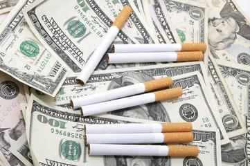 доллары и сигареты